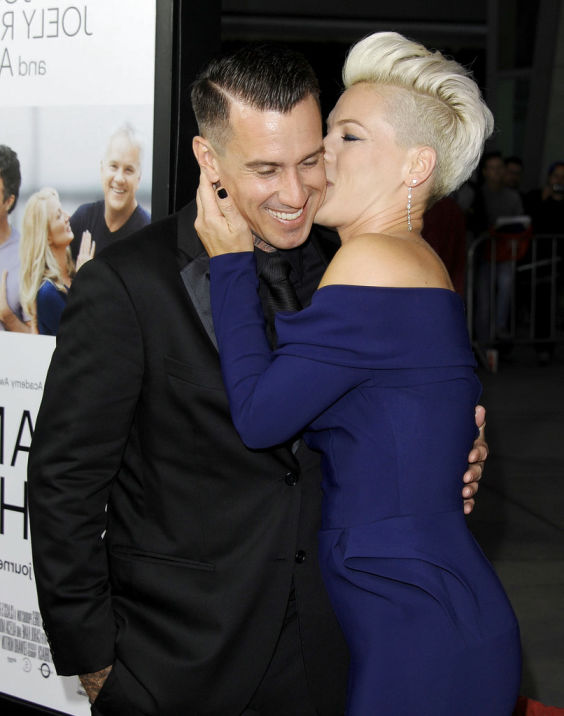 Carey Hart New Haircut