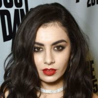 Charli XCX New Haircut